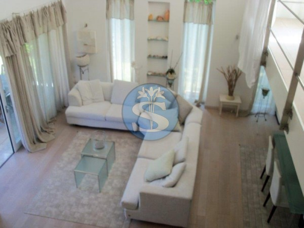 Riferimento SAR327q - Villa in Affitto a Centro Ponente