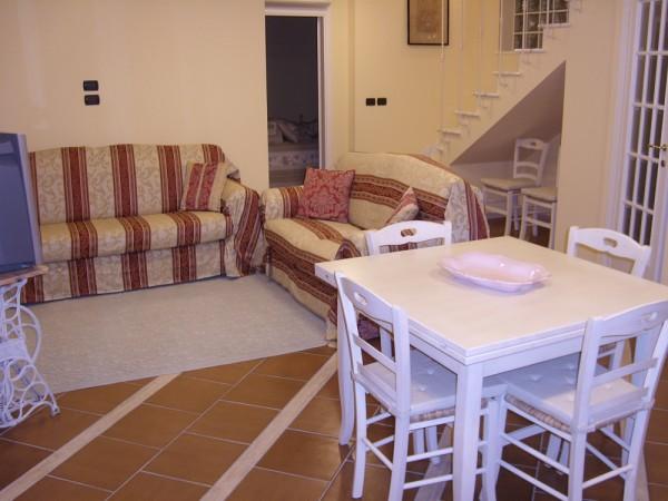 Riferimento SAR283V - villa in Affitto Estivo in Forte Dei Marmi