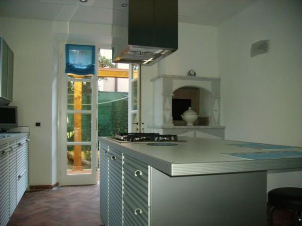 Riferimento SAR402 - villa in Affitto Estivo in Pietrasanta - Marina Di Pietrasanta