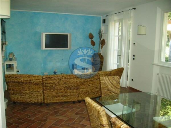Riferimento SAR402 - Villa in Affitto a Marina Di Pietrasanta