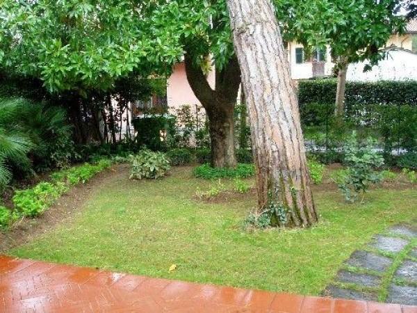 Riferimento SAR751 - villa in Affitto Estivo in Forte Dei Marmi