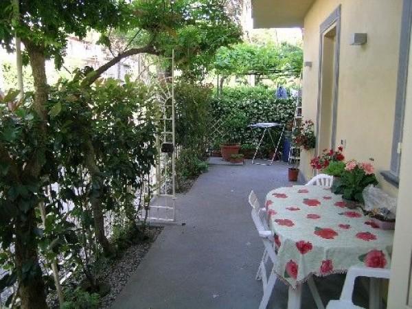 Riferimento SAR836 - detached house in Affitto Estivo in Forte Dei Marmi - Vittoria Apuana