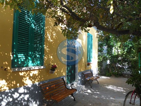 Reference SA17 - Detached House for Rental in Marina Di Pietrasanta