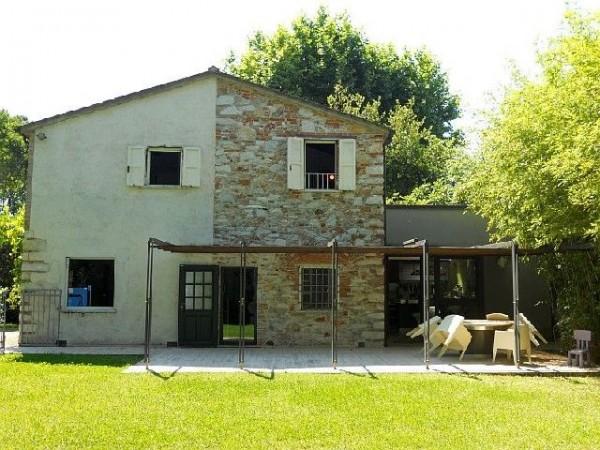 Riferimento SA160 - detached house in Affitto Estivo in Forte Dei Marmi