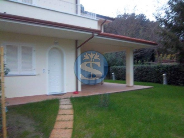 Reference SAR521aq - Villa for Rent in Forte Dei Marmi
