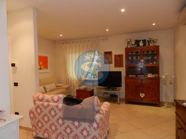 Riferimento SA36 - Appartamento in Affitto a Pietrasanta - Marina di Pietrasanta