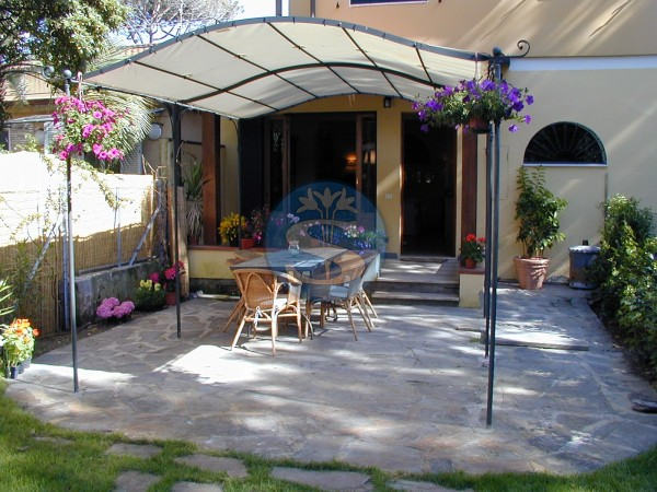 Reference SA216 - Detached House for Rentals in Pietrasanta - Marina di Pietrasanta