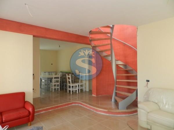 Riferimento SA61 - Villa in Affitto a Pietrasanta - Marina di Pietrasanta