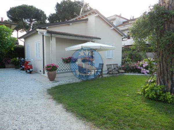 Riferimento SA59 - Villetta in Affitto a Pietrasanta - Marina di Pietrasanta