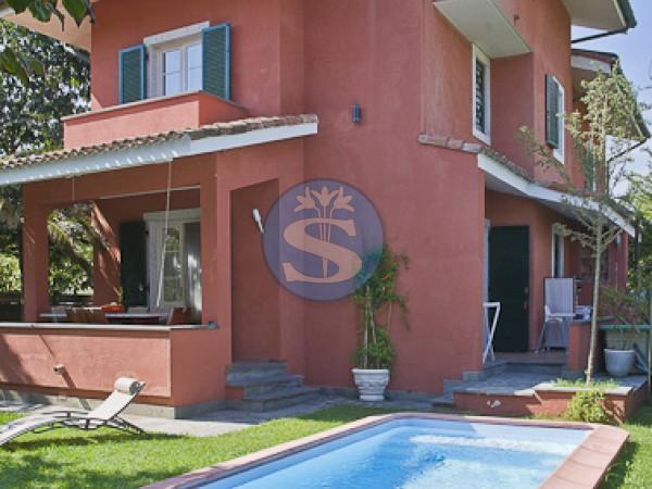 Reference SA177 - Villa for Rentals in Forte dei Marmi