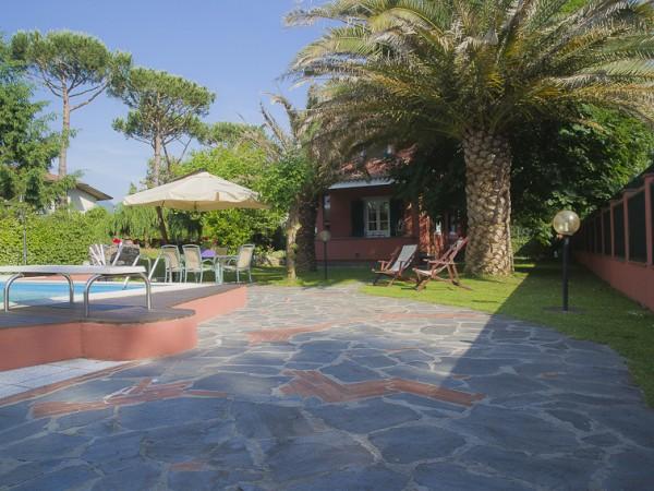 Riferimento SA178 - villa in Rental in Forte Dei Marmi - Vittoria Apuana