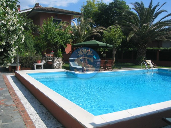 Reference SA178 - Villa for Rental in Vittoria Apuana