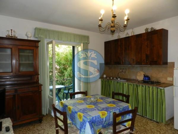 Riferimento SA193 - Appartamento in Affitto a Pietrasanta