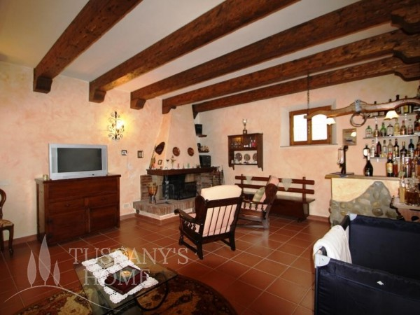 Reference VC346 - Farmstead for Sale in Torrita Di Siena
