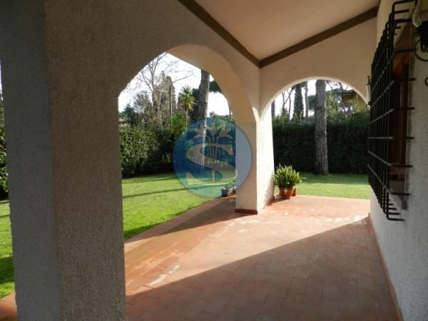 Riferimento SA197 - Villa in Affitto a Forte dei Marmi - CENTRO