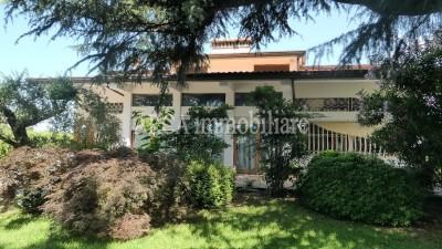 Villain Vendita, Pietrasanta - Periferia - Riferimento: A1787