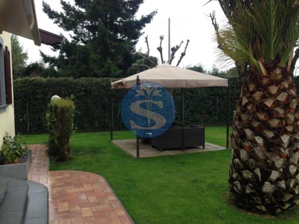 Riferimento SV65 - Villa in Vendita a Forte dei Marmi