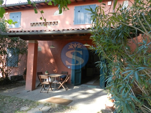 Reference SA153 - Detached House for Rent in Marina Di Pietrasanta