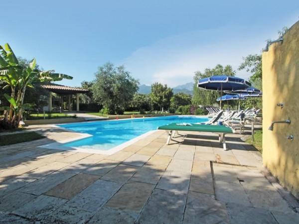 Riferimento SA526 Verde - villa in Affitto Estivo in Forte Dei Marmi - Vittoria Apuana