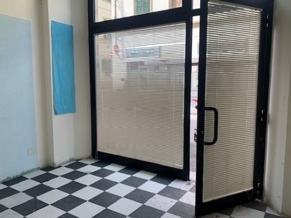 Riferimento A581 - fondo commerciale in Affitto Annuale Commerciale a Empoli - Empoli Centro Storico