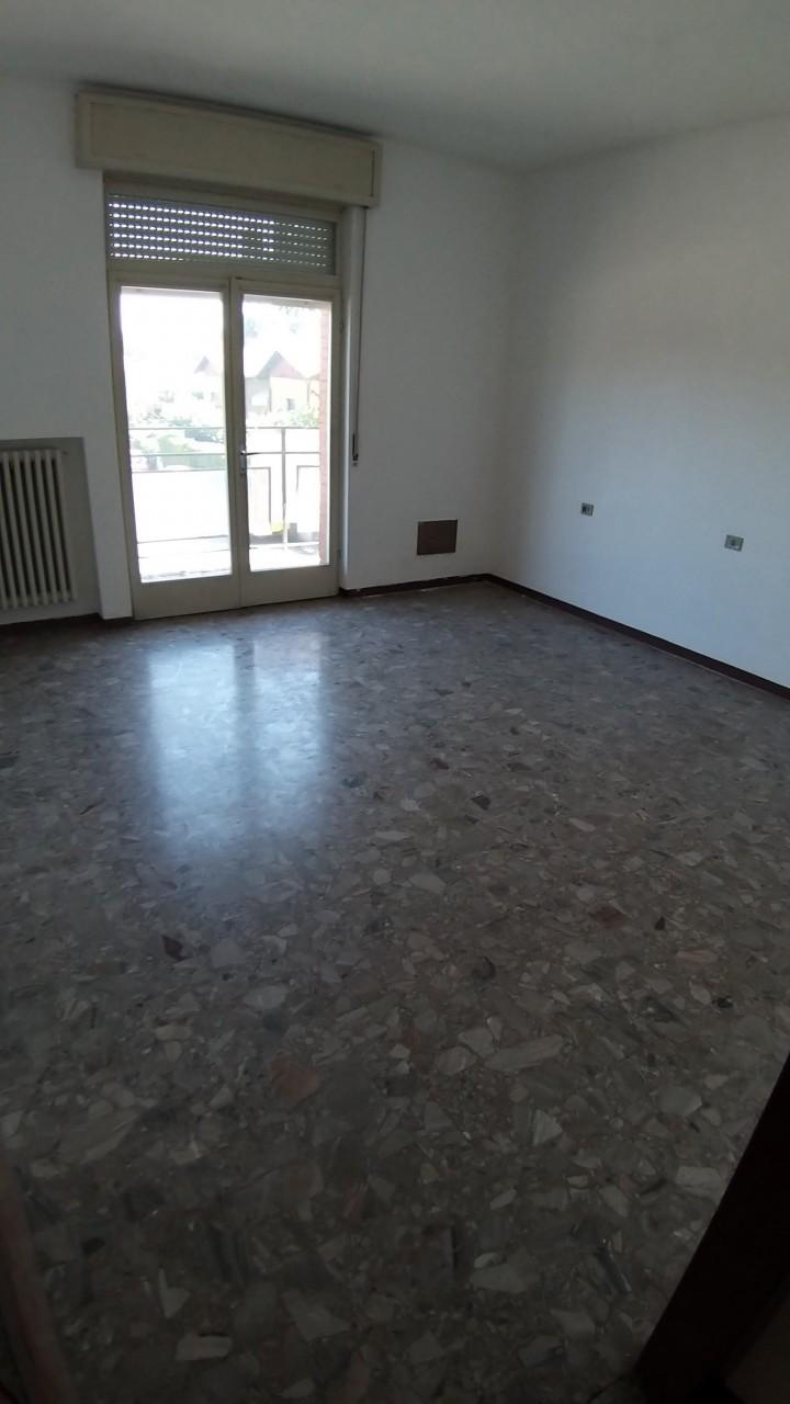 Appartamento in vendita a Castiglione Olona, 3 locali, prezzo € 109.000 | CambioCasa.it
