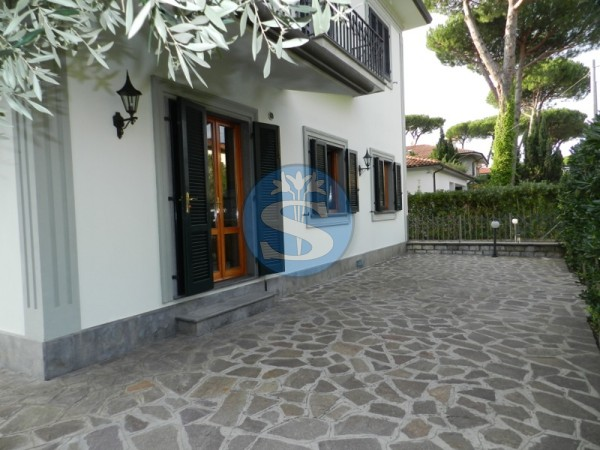 Reference SA155 - Flat for Rental in Marina Di Pietrasanta