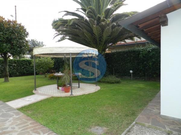 Riferimento SA157 - Appartamento in Affitto a Marina Di Pietrasanta