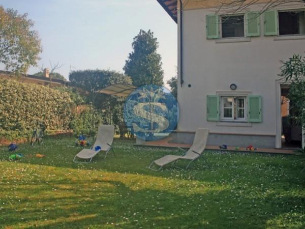 Reference SA507 Marzia - Villa for Rentals in Forte dei Marmi