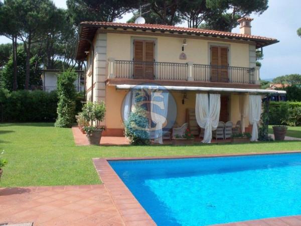 Reference SAR492q - Villa for Rent in Forte Dei Marmi