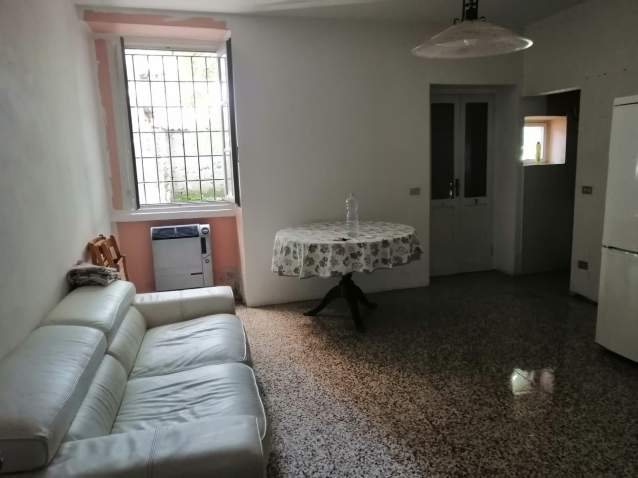 Appartamento in affitto a Vedano Olona, 2 locali, prezzo € 390   CambioCasa.it