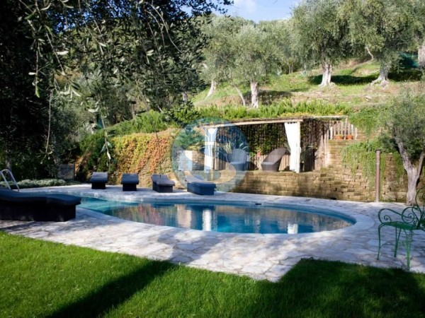 Reference SA31 - Villa for Rental in Pietrasanta