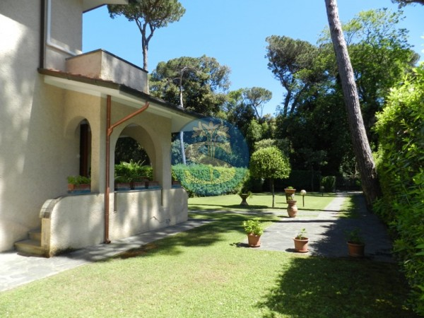 Reference SV107 - Detached House for Sale in Marina Di Pietrasanta