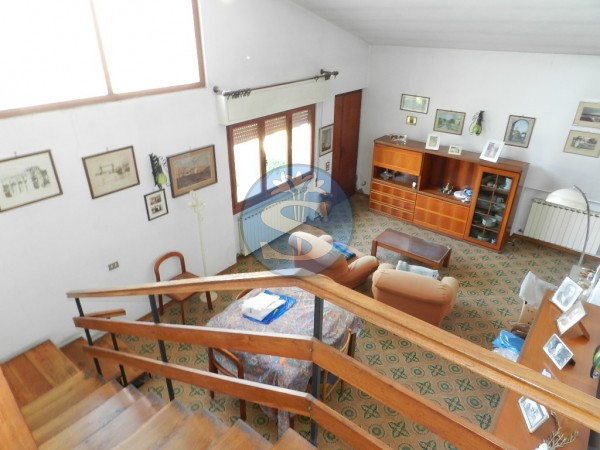 Reference SV1040 - Detached House for Sale in Marina Di Pietrasanta