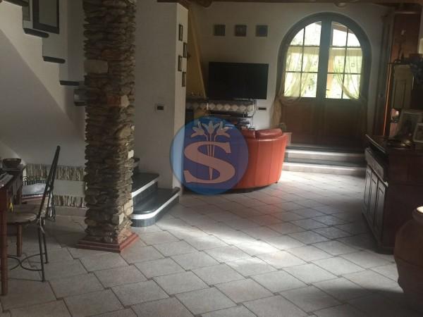 Riferimento SA312 - Villetta in Affitto a Seravezza - Ripa