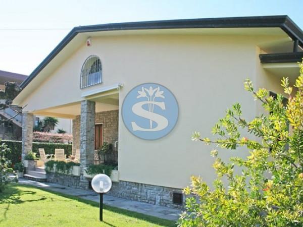 Riferimento SA539 Giovanna - Villa in Affitto a Forte dei Marmi