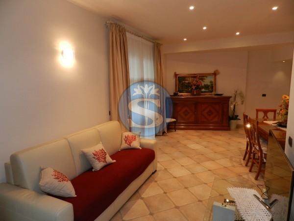 Riferimento SA283 - Appartamento in Affitto a Marina Di Pietrasanta