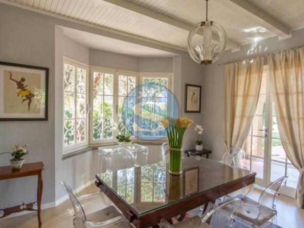 Riferimento SA230 - Villa in Affitto a Forte dei Marmi