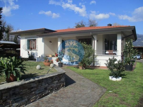 Riferimento SA403 - Villa in Affitto a Marina Di Pietrasanta