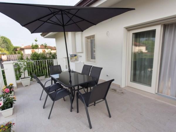 Riferimento SA296 - flat in Rental in Forte Dei Marmi