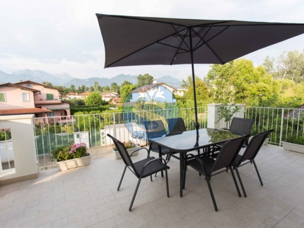 Reference SA296 - Flat for Rental in Forte Dei Marmi
