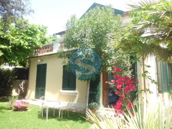 Riferimento SA402 - Villa in Affitto a Pietrasanta - Marina di Pietrasanta