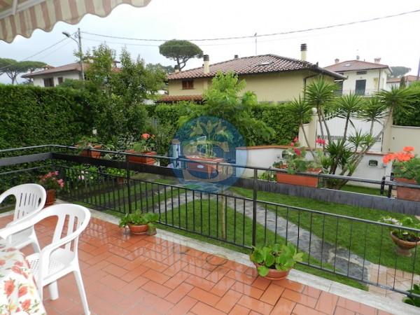 Riferimento SA308 - Villetta in Affitto a Marina Di Pietrasanta