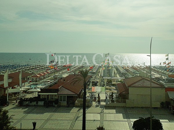 Reference LC2187AP - Appartamento for Vendita in Lido Di Camaiore