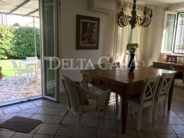 Reference LC1421VB - Villa - Villetta for Vendita in Lido Di Camaiore
