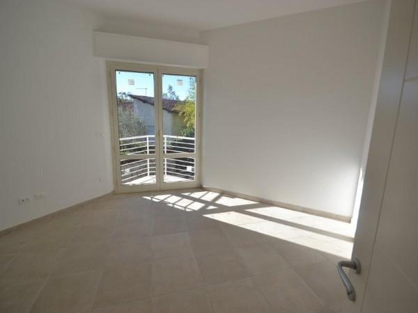 Riferimento SV89 - villa in Compravendita in Pietrasanta - Marina Di Pietrasanta