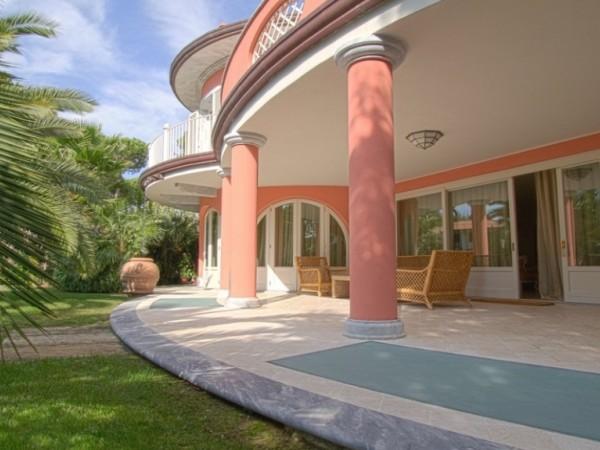 Riferimento SAG120 - villa in Affitto in Forte Dei Marmi