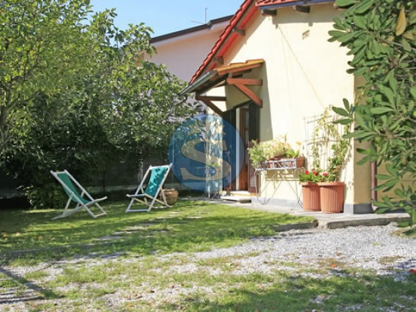 Reference SA533 Eliana - Detached House for Rentals in Forte dei Marmi