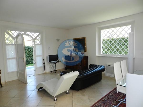 Riferimento SVR119 - Villa Bifamiliare in Vendita a Forte dei Marmi
