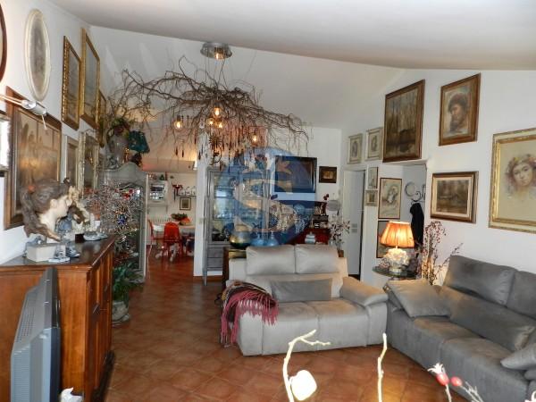 Riferimento SV34 - Appartamento in Vendita a Seravezza - Querceta