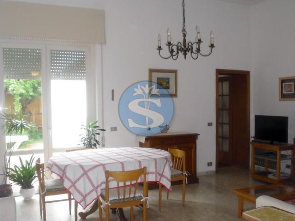 Riferimento SA46 - Appartamento in Affitto a Viareggio